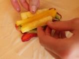 Пролетни рулца с плодове 4