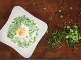 Колумбийска млечна супа с поширани яйца