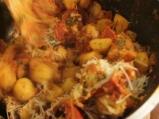 Картофена манджа с чоризо и пържени яйца 7