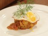 Картофена манджа с чоризо и пържени яйца 9