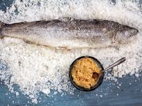 Пъстърва в сол с дип от артишок