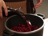 Череши в червено вино