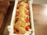 Солен кейк с тиквички, халуми и чери домати 4