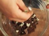 Хапки с шоколад и синьо сирене 4