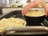 Гратен от картофи с гъби и топено сирене 7