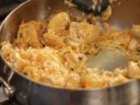 Пилешки бутчета с ориз и топено сирене 4