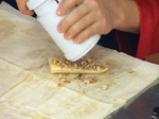 Бананови рулца с ароматен сос 2