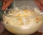Млечен десерт с бишкоти и боровинки 3