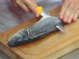 Фритиран лаврак в темпура върху дует на ориз и зеленчуци