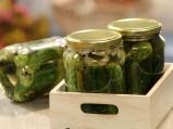 Консервирани кисели краставички