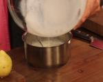 Поширани круши с ванилов сос 2