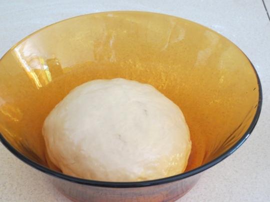 Тесто за пици и мекици