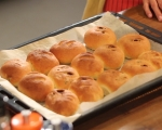 Хлебчета с бекон и лук 8