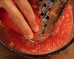 Заек с доматен сос и пържени гъби 2