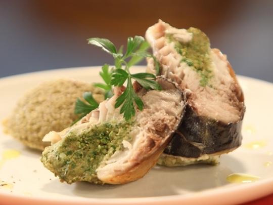 Рулца от скумрия с маслинова паста