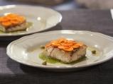 Костур с моркови и зелен сос
