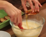 Хлебен пудинг с ябълки и ром  4