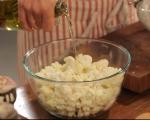 Салата от печен карфиол с маслини 2