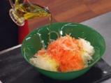 Салата от бяла ряпа и моркови 2