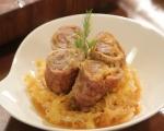 Сарми от месо върху кисело зеле 7