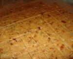 Крекери с чедър и сушени домати 2