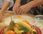 Плосък хляб с чесън и шарена сол 2