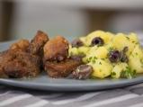 Свински хапки с гарнитура от картофи