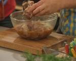 Свински хапки с гарнитура от картофи 3