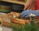 Запечен хляб с кашкавал и шунка