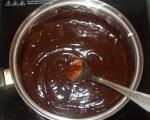 Шоколадов мус с ябълки