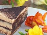Торта с шоколадов мус и лешникова кор...