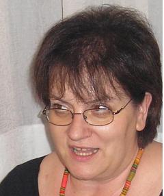 Лили Костова