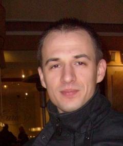 Светлин Стоянов