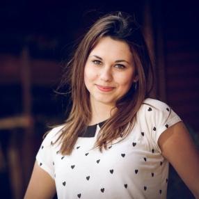 Адриана Велкова